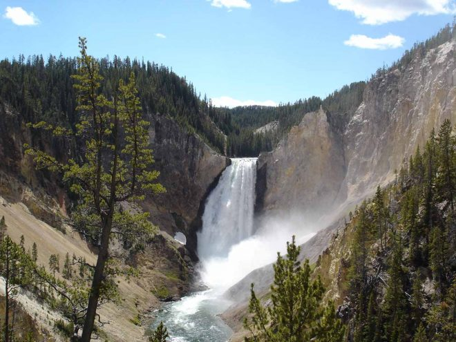Waterfalls Yellowstone Park